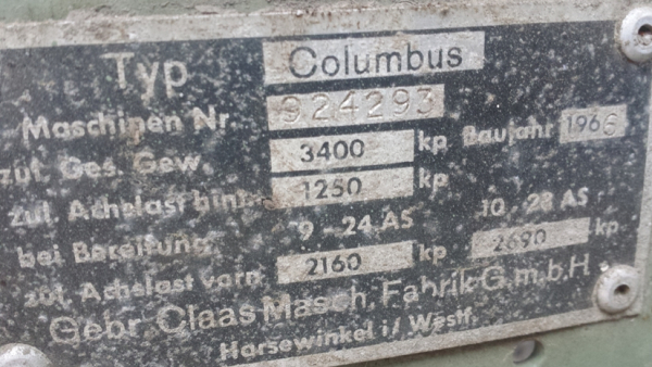 Treckerscheune - Combine harvester Columbus